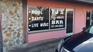 TJ's Bar - Store front lettering