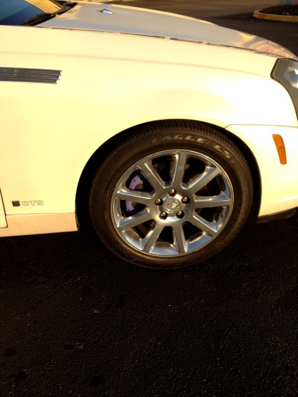 Caddy brake calipers painted purple