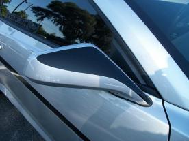 Custom graphics on mirrors