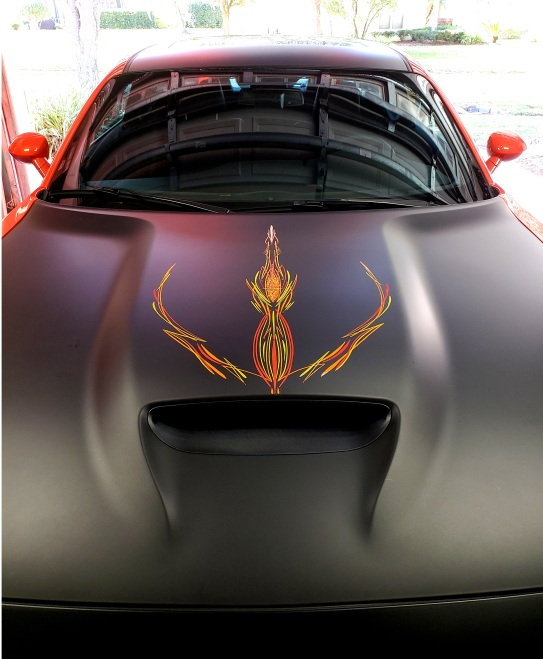 old school pinstripes on Challenger Hood