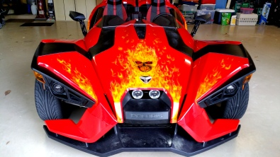 Airbrushede True fire on Slingshot Vehicle