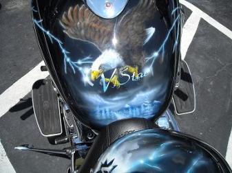 Eagle on tank