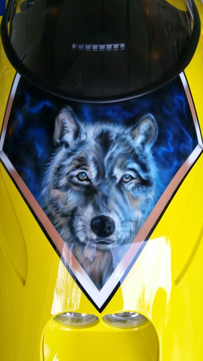 wolf and graphics on trike