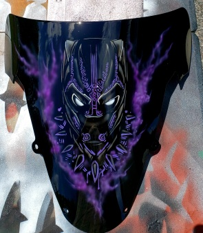 Black Panther mask on Farring