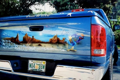 Road Runner Desert theme on Tailgate